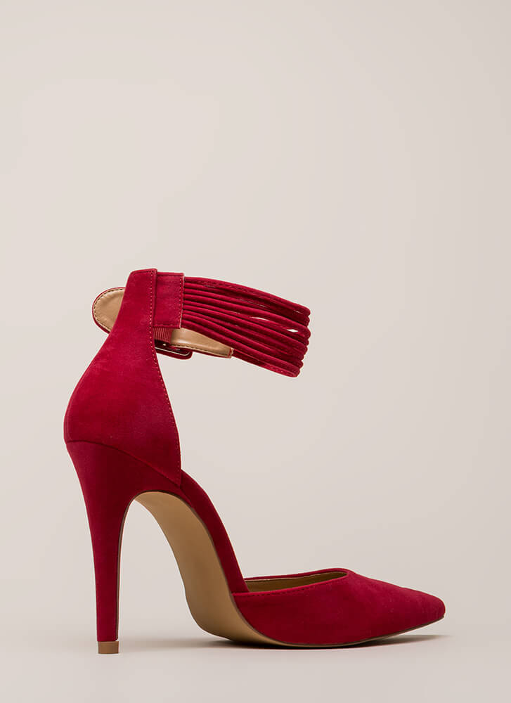 Hit The Right Cords Pointy Heels RED