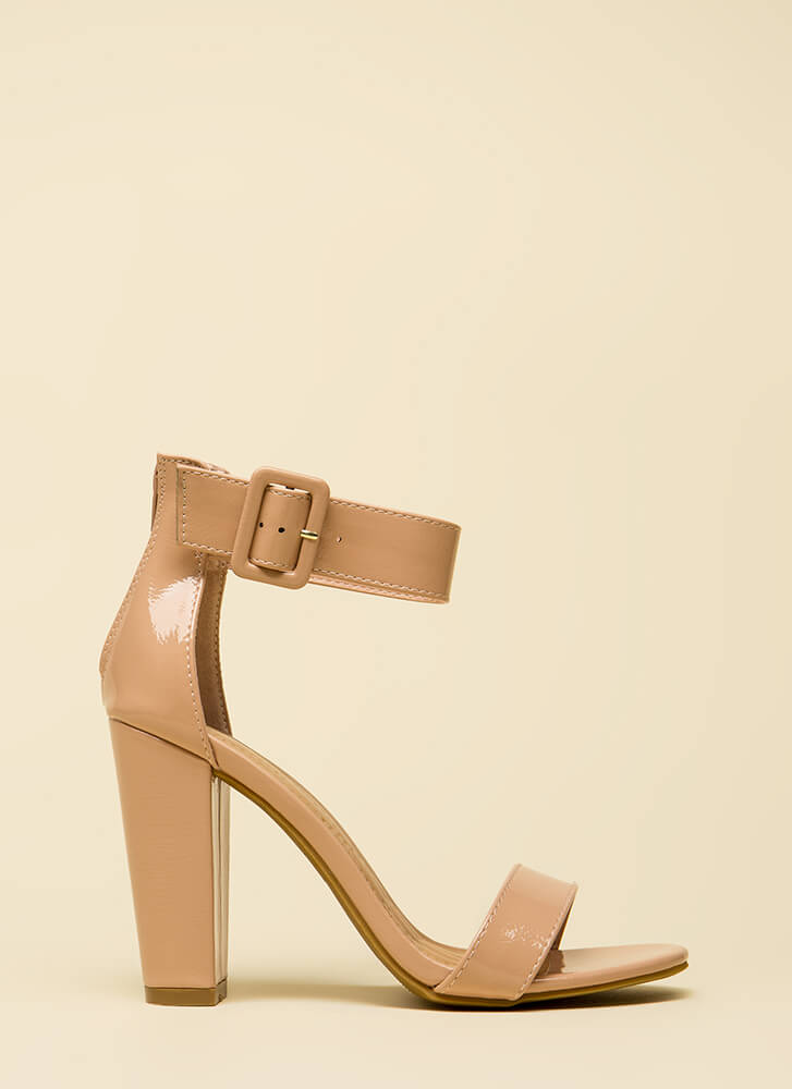 Feels Good Chunky Faux Patent Heels NUDE