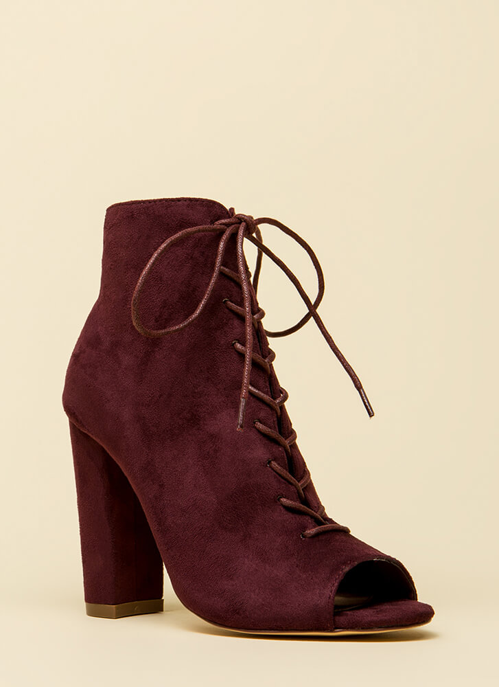 Hi Fashion Chunky Lace-Up Booties WINE