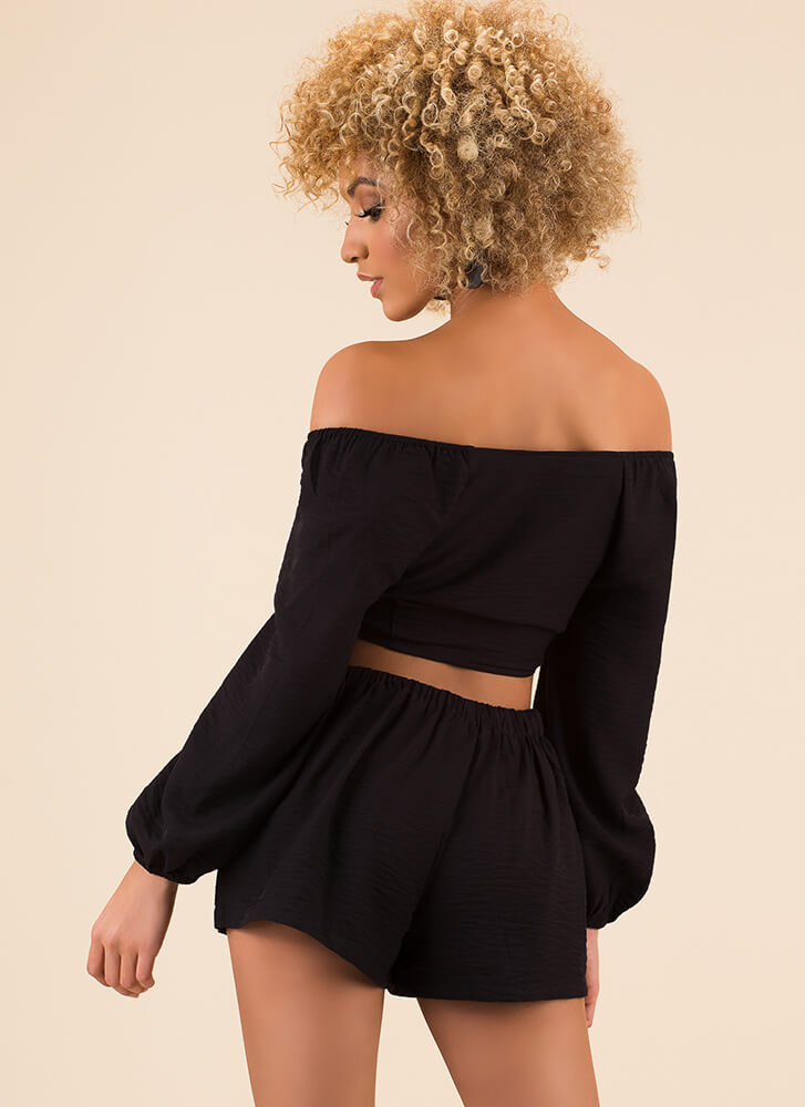 It's A Bow-tiful Day Top And Shorts Set BLACK