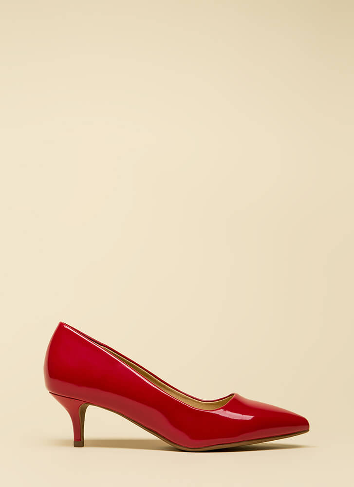 Point Out Faux Patent Kitten Heels LIPS