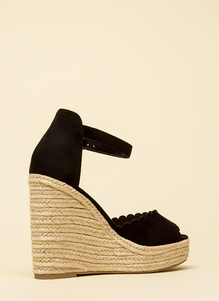 Cutie Patootie Scalloped Wedges BLACK