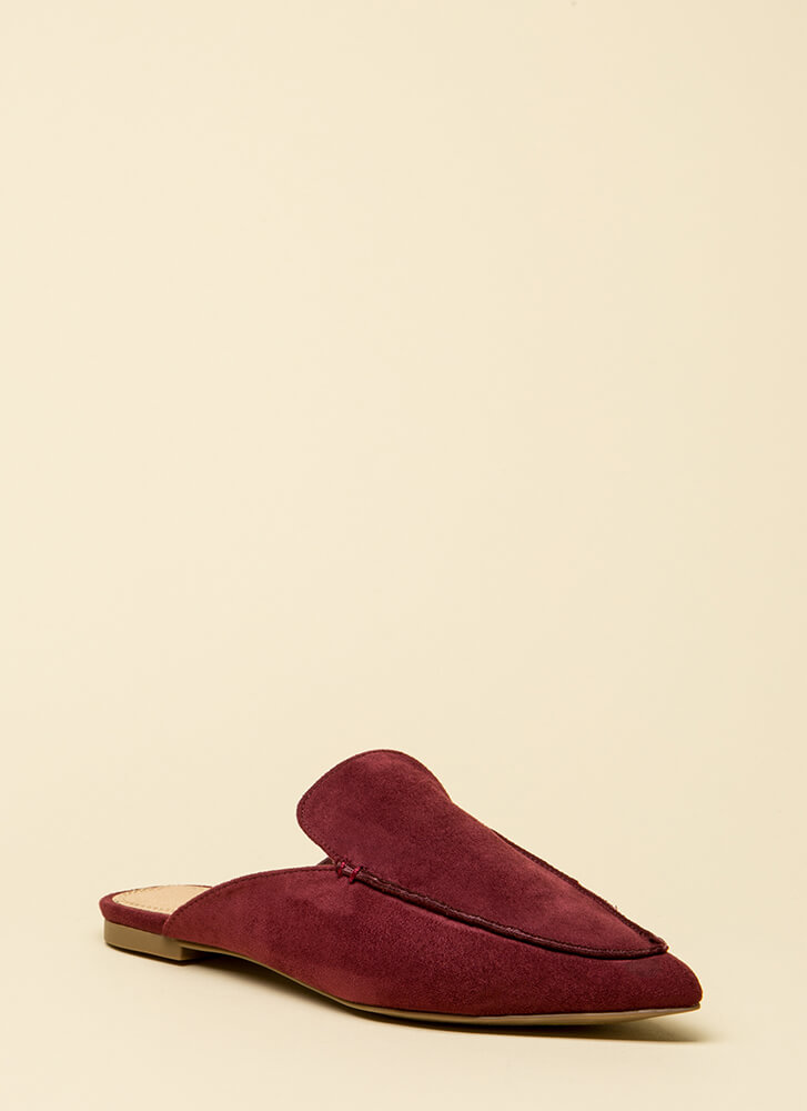 At Your Leisure Pointy Mule Flats WINE