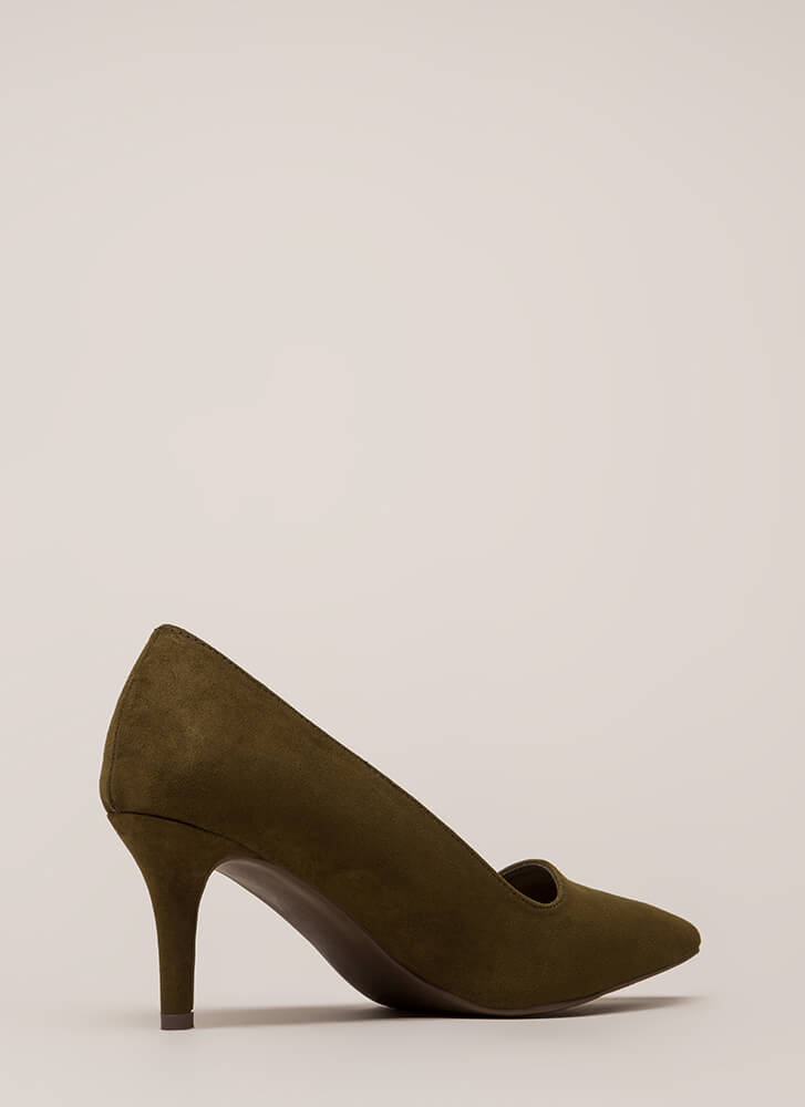 Short Interest Pointy Faux Suede Pumps OLIVE