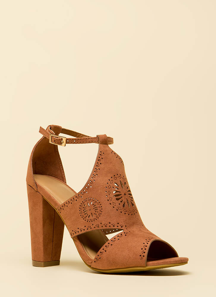 Worldly Woman Chunky Cut-Out Heels MOCHA