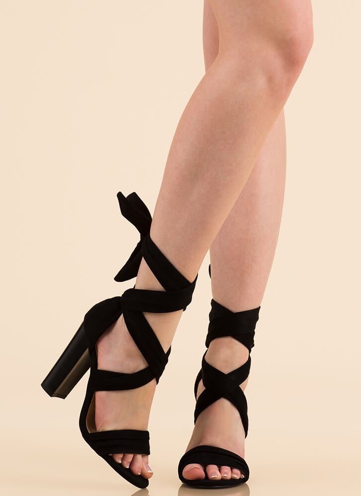 Wrap Royalty Chunky Lace-Up Heels BLACK