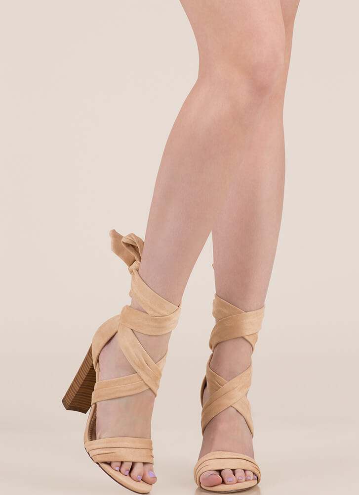 Wrap Royalty Chunky Lace-Up Heels NUDE