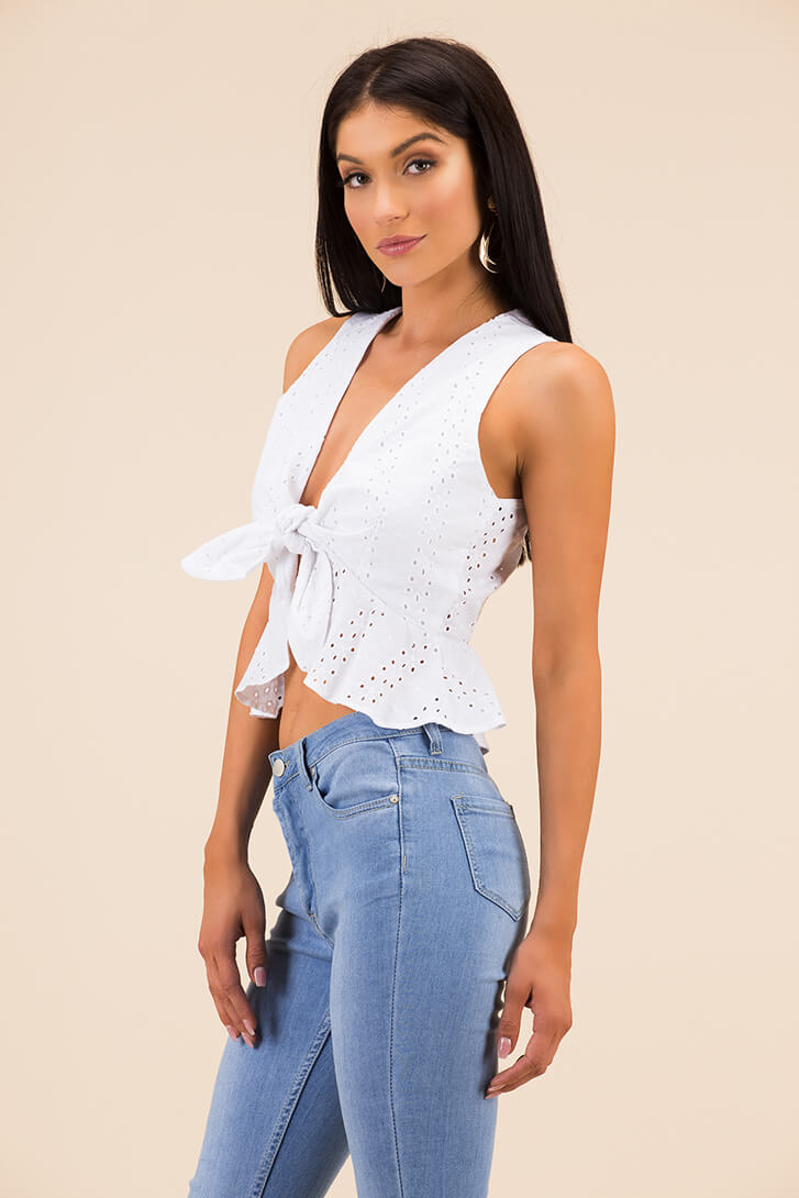 Look Into My Eyelets Knotted Crop Top WHITE