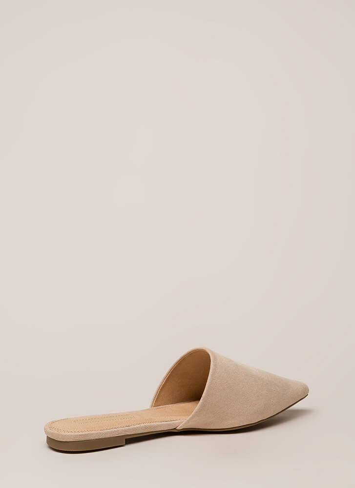 Slip Me A Message Pointy Mule Flats NUDE