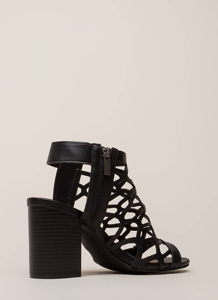 My New Honey Cut-Out Block Heels BLACK