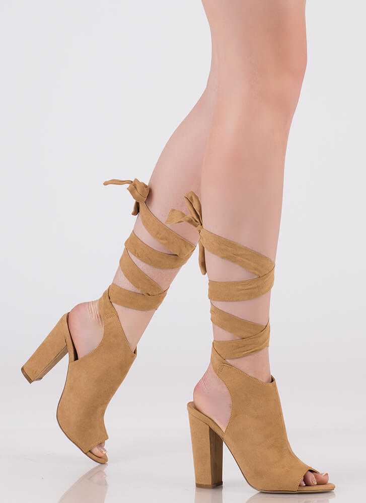 Show-Off Lace-Up Peep-Toe Heels TAN