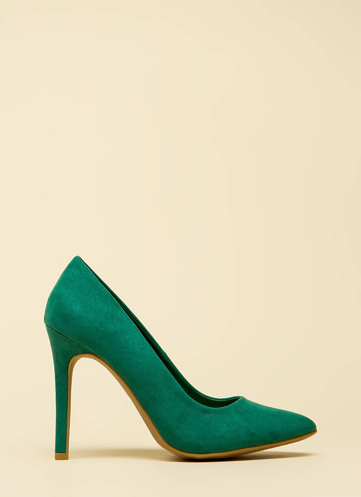 Take A Pledge Pointy Faux Suede Pumps GREEN