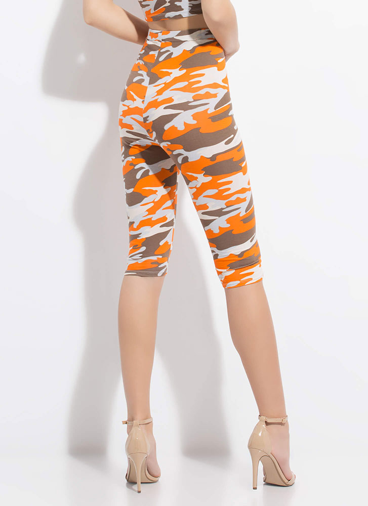 In Command High-Waisted Camo Capris ORANGE