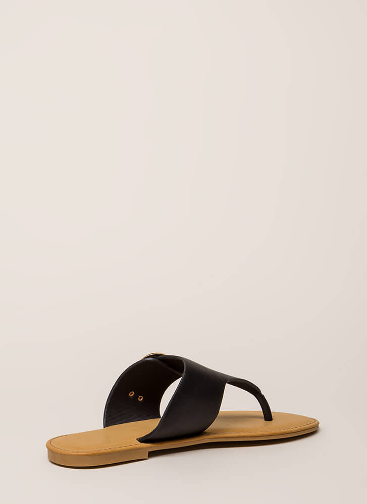 Vacation Time Buckled Thong Sandals BLACK