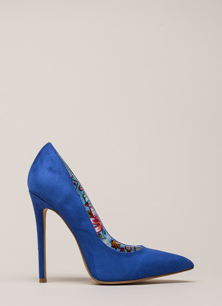 Inside And Out Pointy Faux Suede Pumps BLUE