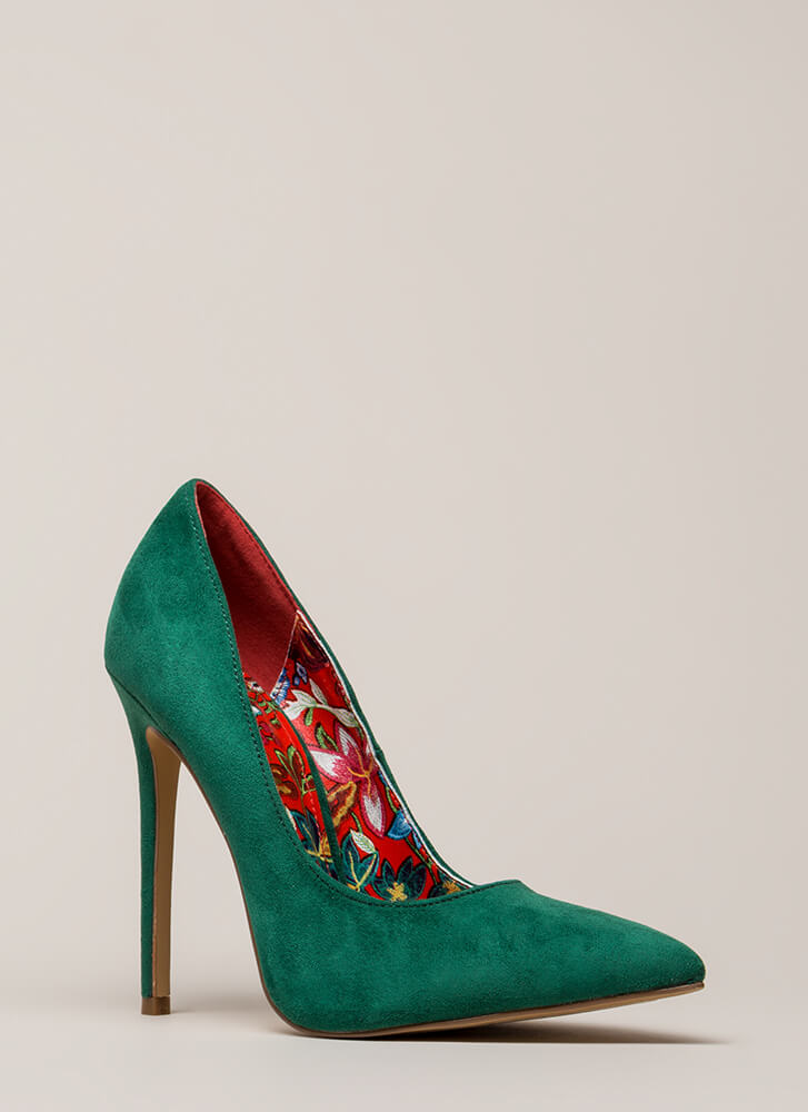 Inside And Out Pointy Faux Suede Pumps GREEN