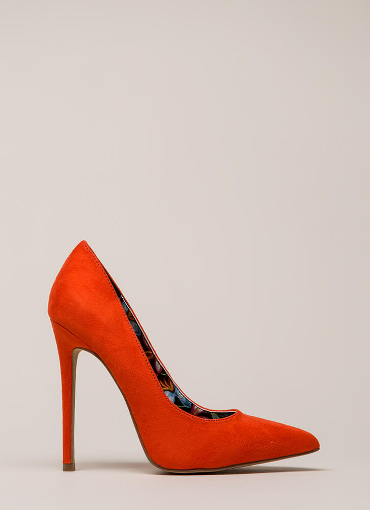 Inside And Out Pointy Faux Suede Pumps ORANGE
