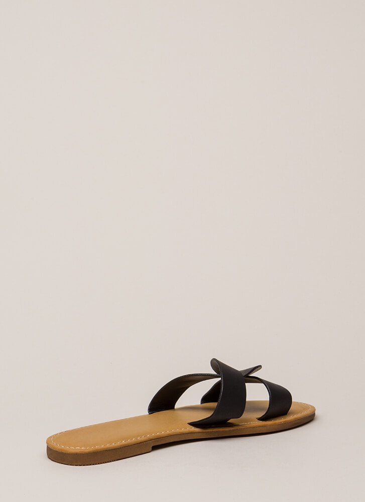 Let's Link Up Looped Slide Sandals BLACK