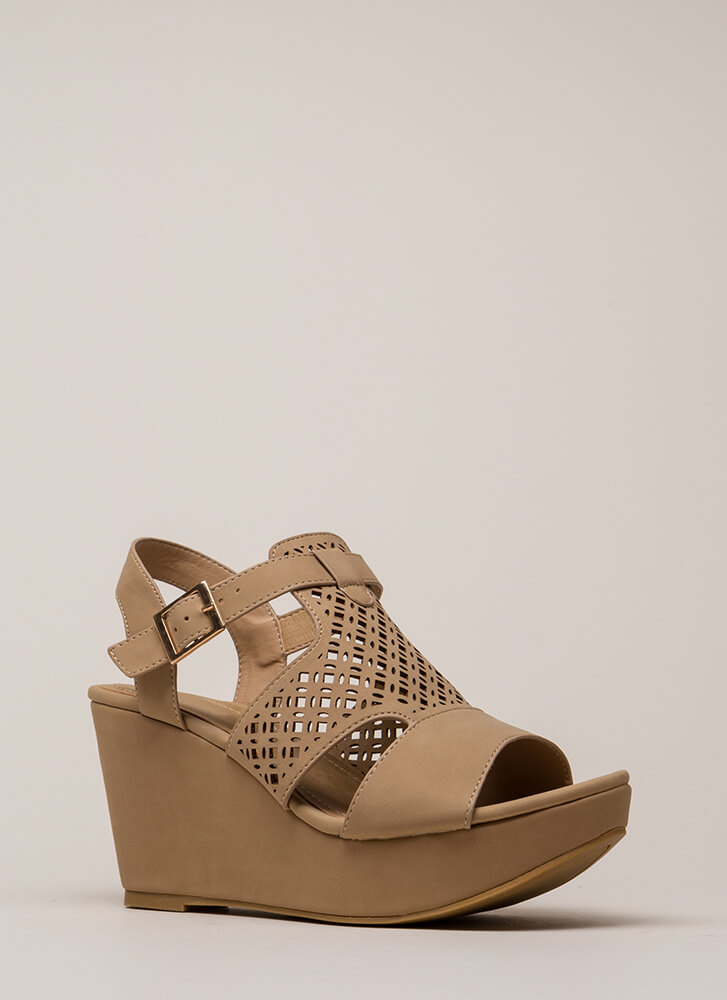 Walks Of Life Cut-Out Platform Wedges NATURAL