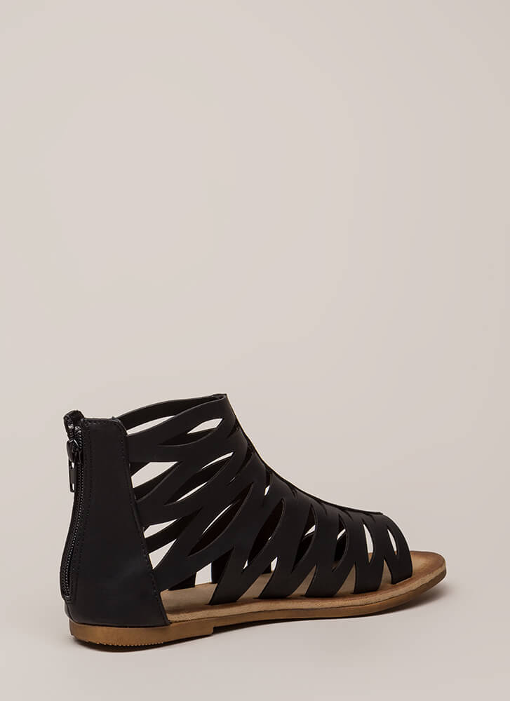 Woman Warrior Cut-Out Gladiator Sandals BLACK