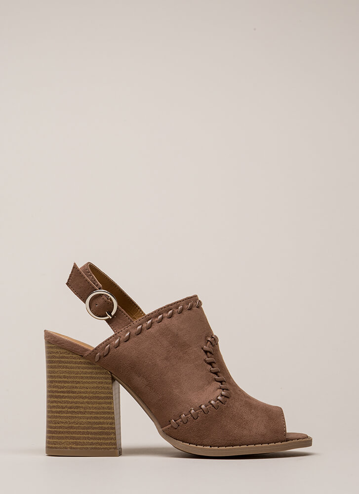 Day Off Stitched Peep-Toe Block Heels NUTMEG