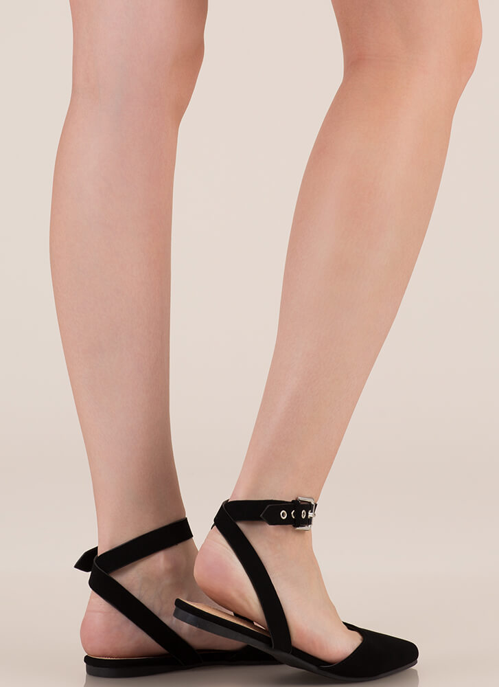 Model Off Duty Ankle Strap Flats BLACK