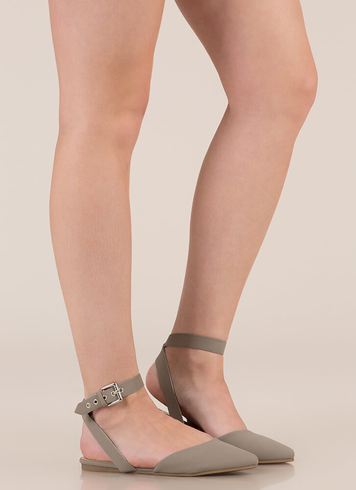 Model Off Duty Ankle Strap Flats GREY