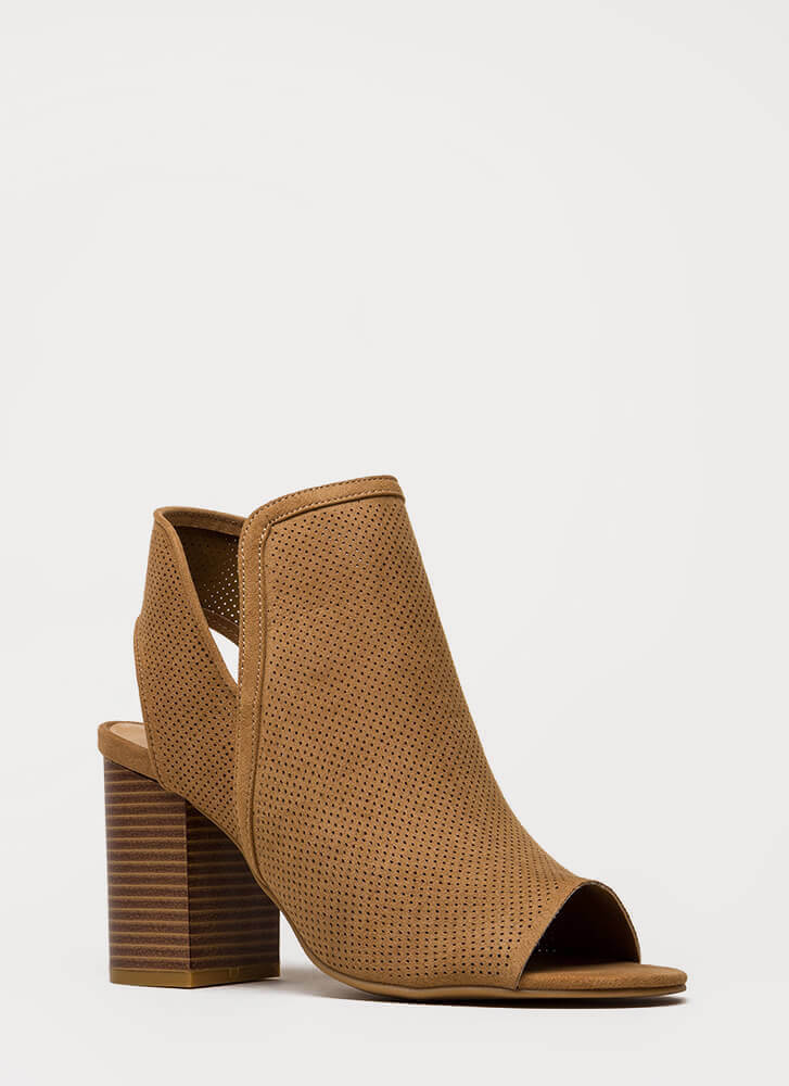 Picture Perforated Chunky Peep-Toe Heels TAN