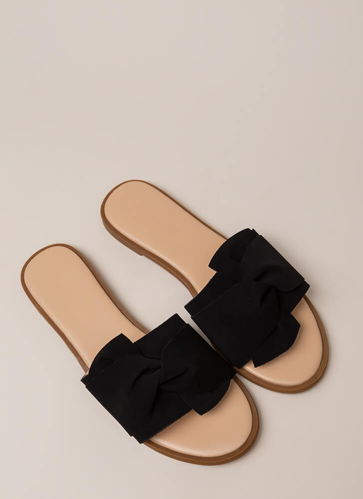 This Is Knot A Dream Slide Sandals BLACK