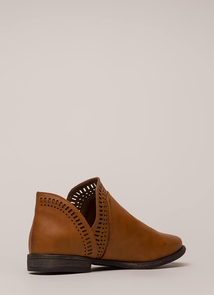 Casual Elegance Laser-Cut Booties CHESTNUT