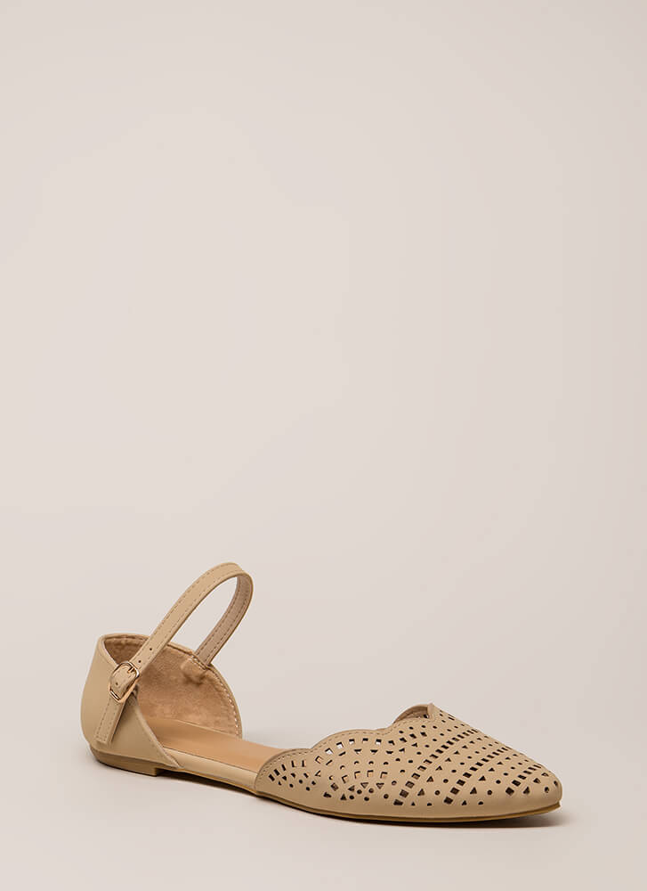 Cute Stroll Scalloped Cut-Out Flats NUDE