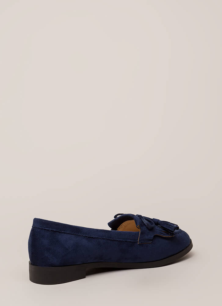 Bow-Getter Fringed Faux Suede Loafers NAVY