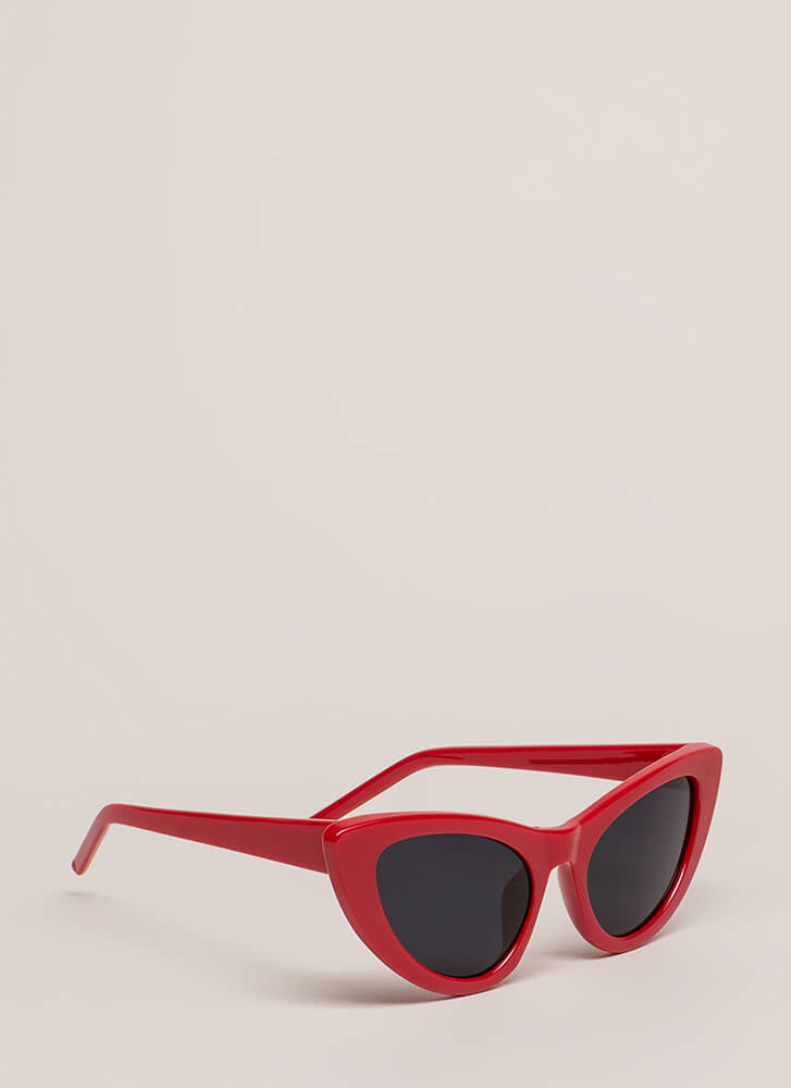A Flare For Cat Eye Sunglasses RED