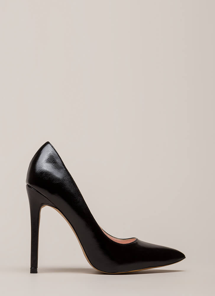 So Essential Pointy Faux Leather Pumps BLACK