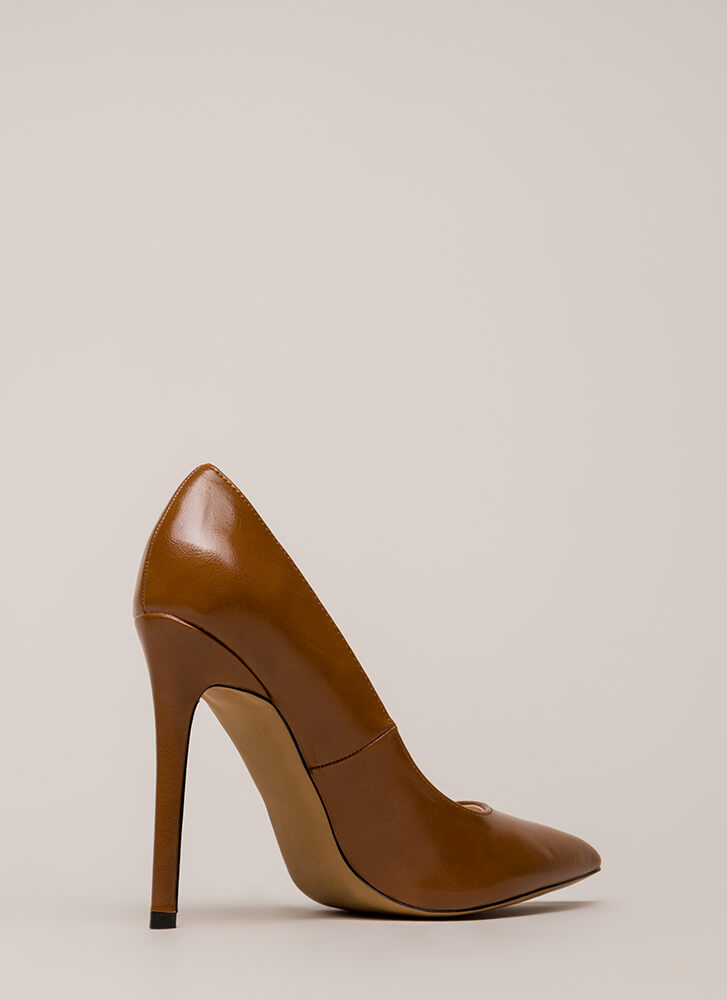 So Essential Pointy Faux Leather Pumps COGNAC