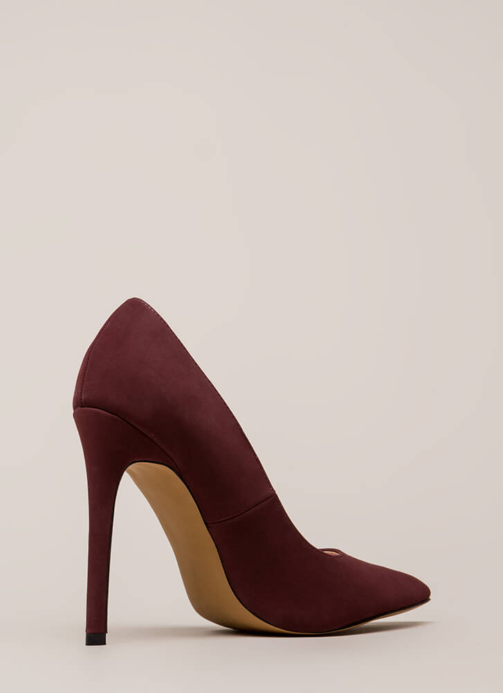 So Important Pointy Faux Nubuck Pumps WINE