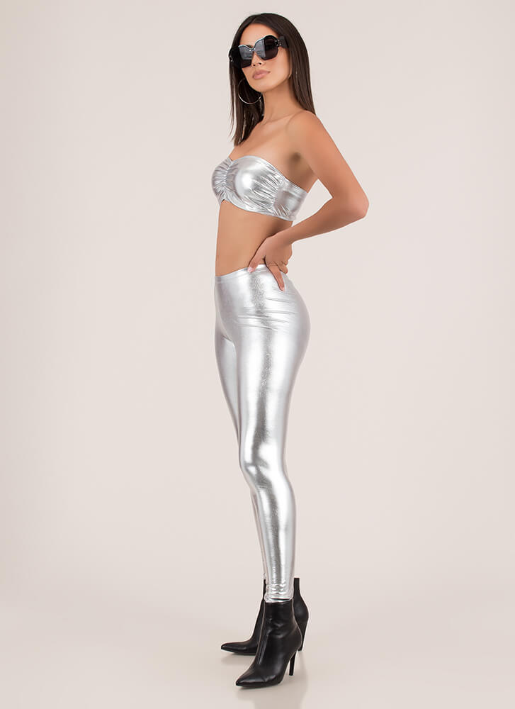 Curves For Days Bandeau And Legging Set SILVER