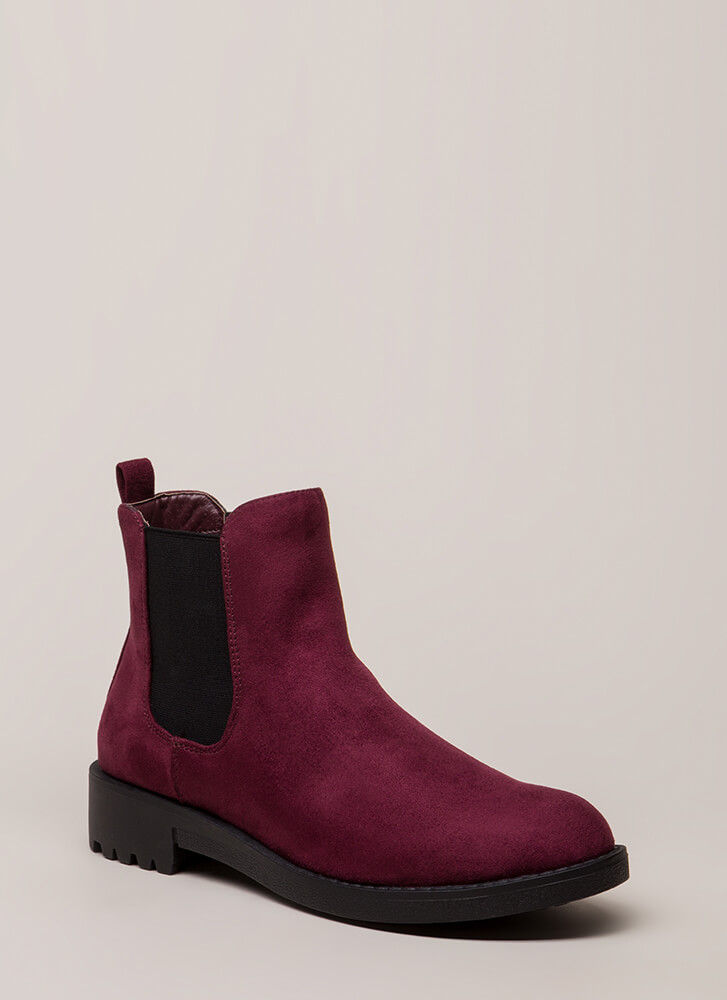 Off-Duty Faux Suede Chelsea Boots WINE