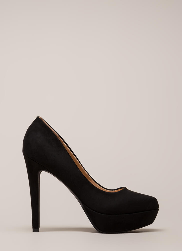 Simple Satisfaction Platform Pumps BLACK