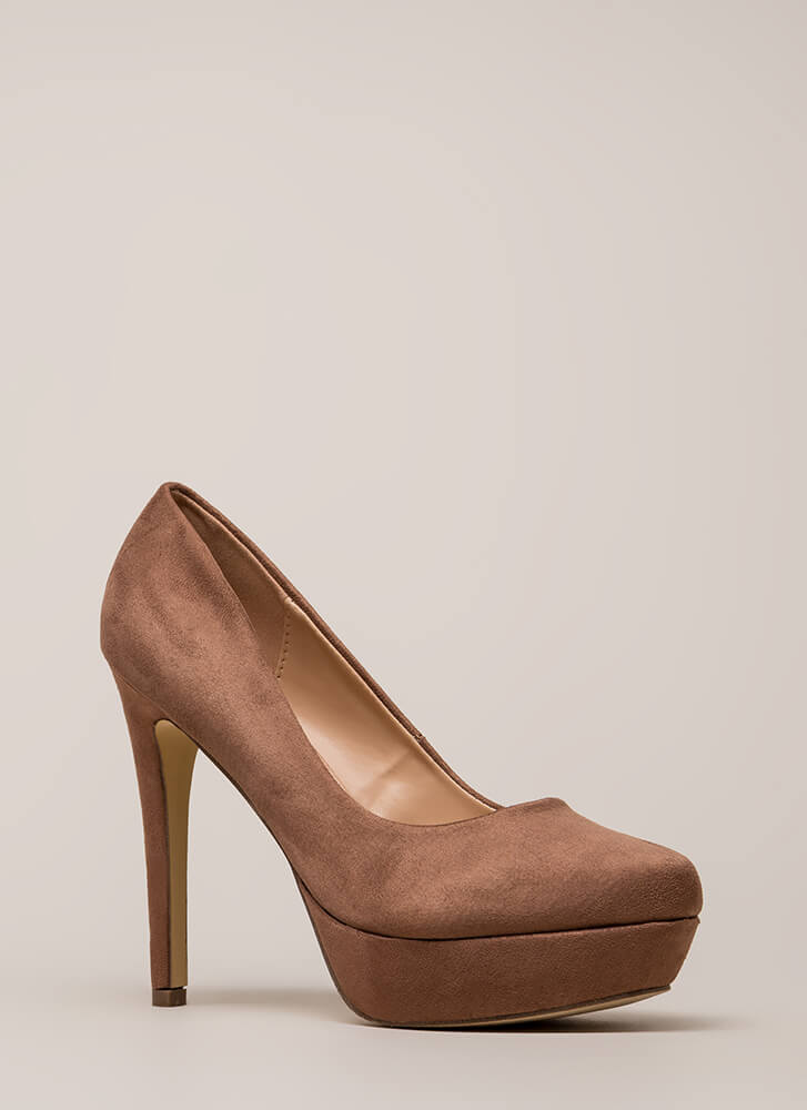 Simple Satisfaction Platform Pumps TAUPE