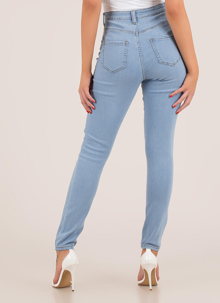 Snatched High-Waisted Skinny Jeans LTBLUE (You Saved $23)