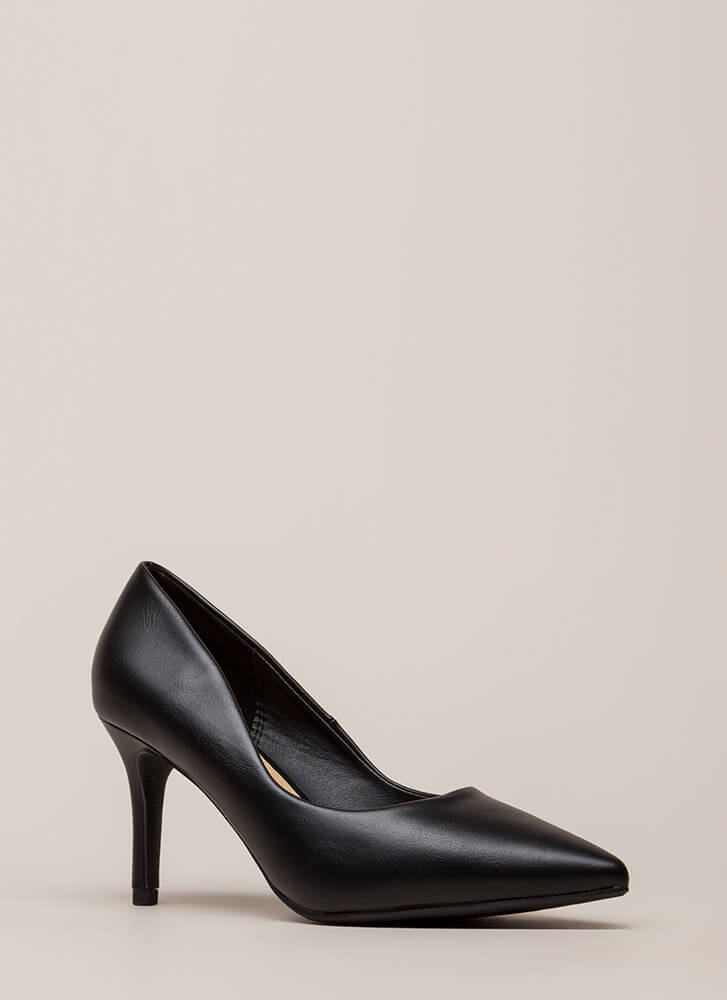 Point Of View Faux Leather Pumps BLACK