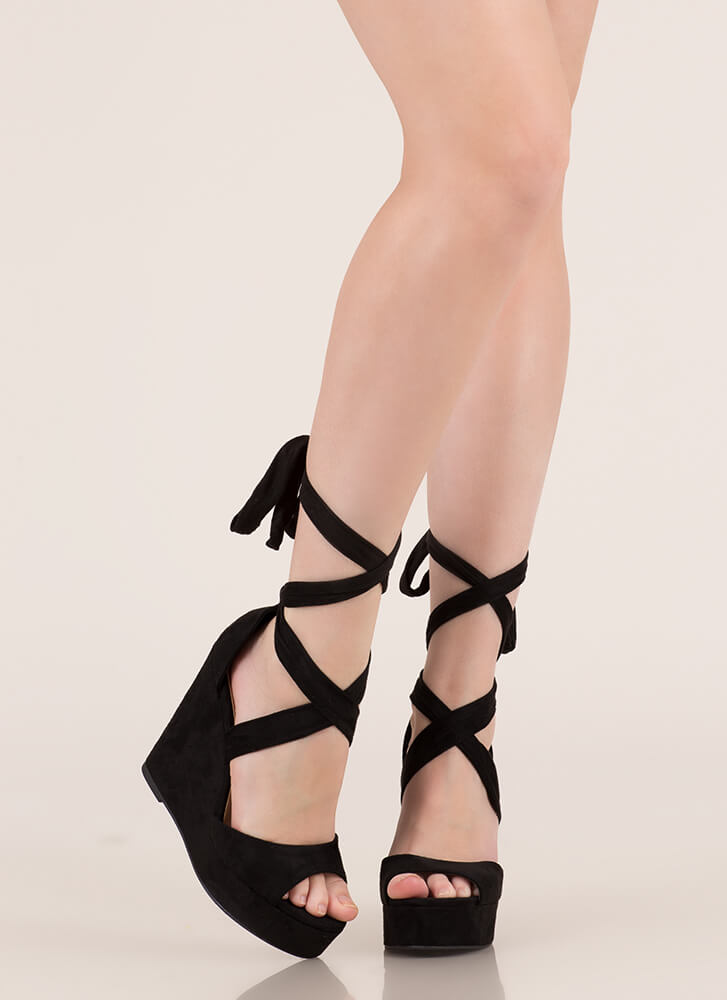 Tied With Ribbon Lace-Up Wedges BLACK