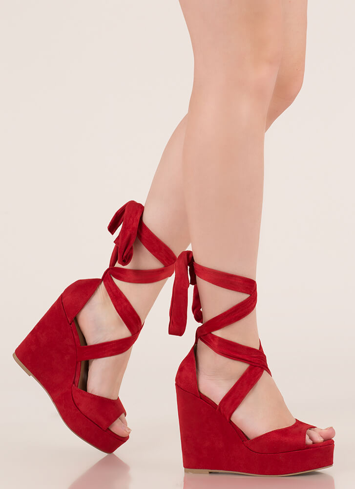 Tied With Ribbon Lace-Up Wedges RED