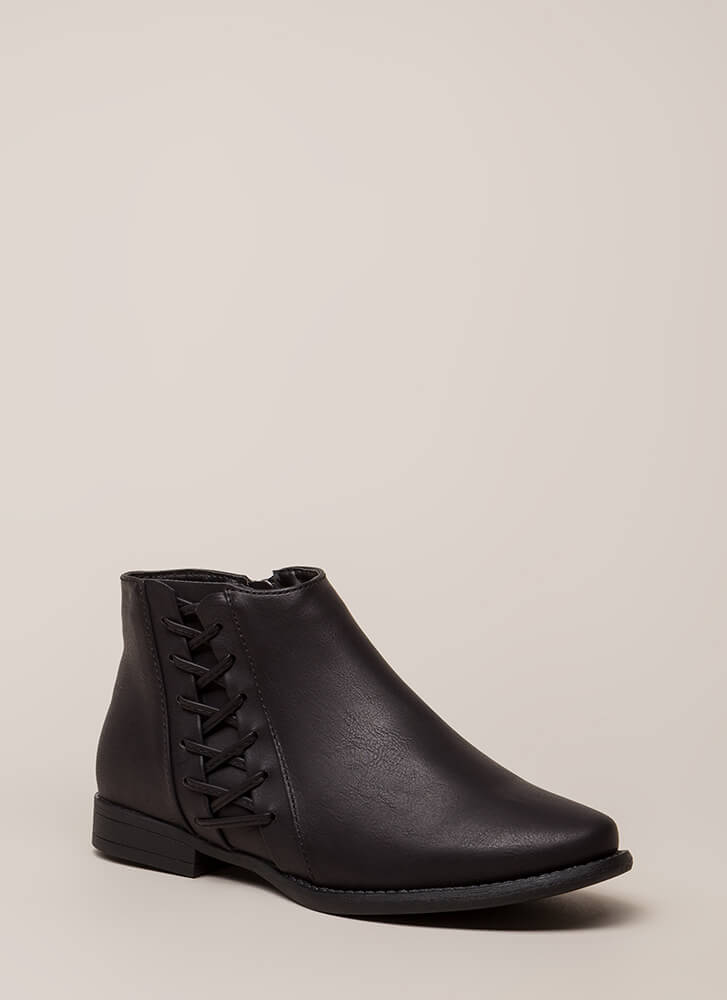 Walks Of Life Flat Laced Booties BLACK