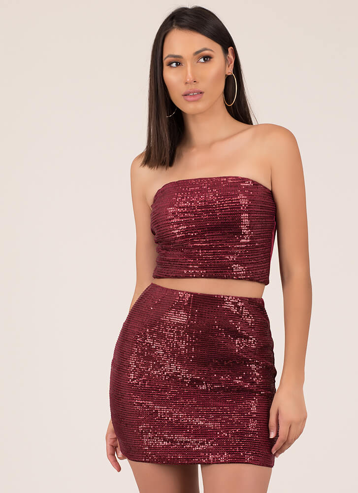 Full Of Sparkle Sequined 2-Piece Dress WINE