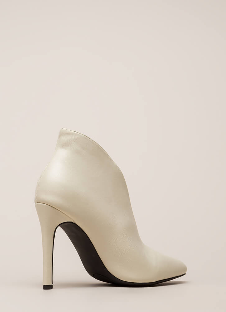 I Love My Curves Pointy Booties IVORY
