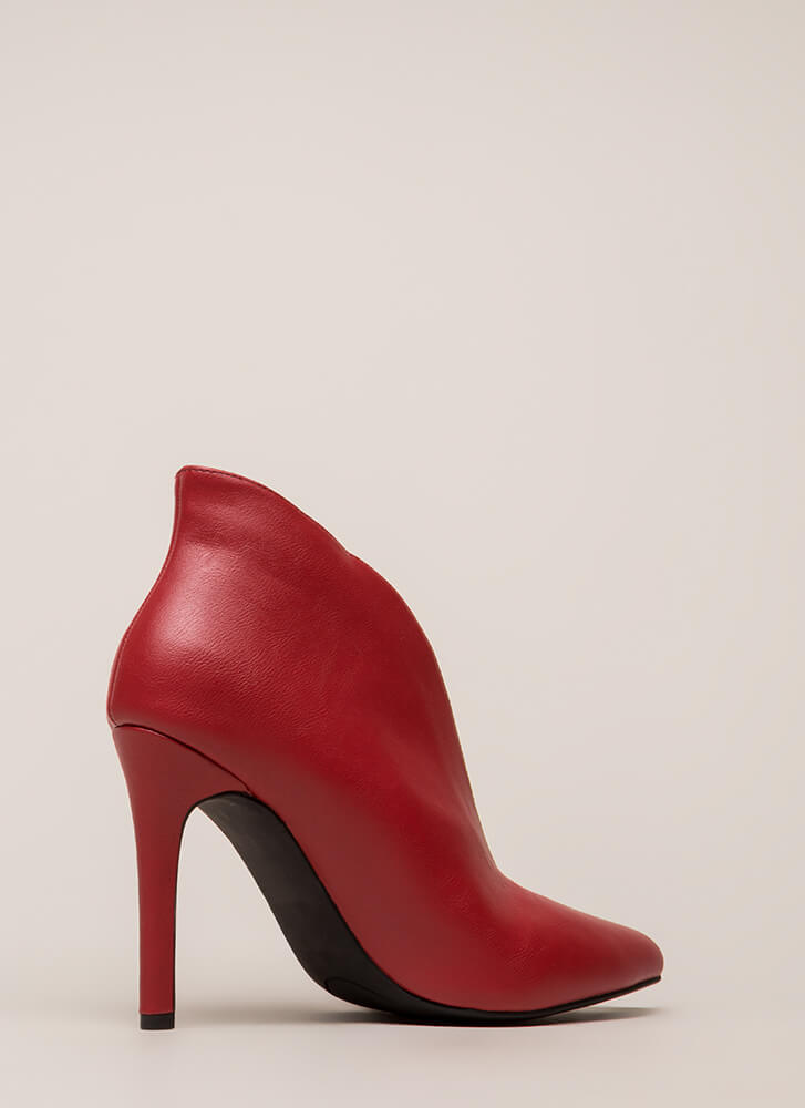 I Love My Curves Pointy Booties RED