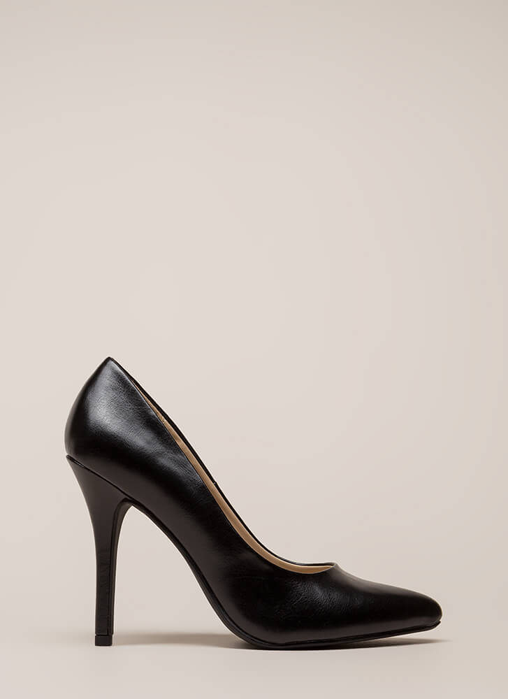 I Have A Date Pointy Faux Leather Pumps BLACK
