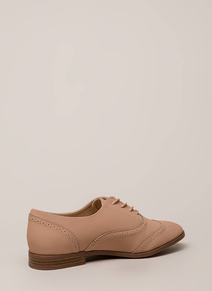If It's Not Brogue Pinked Oxford Flats NUDE